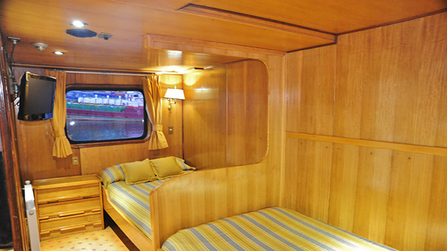 Doble Cabin Parthenon Deck